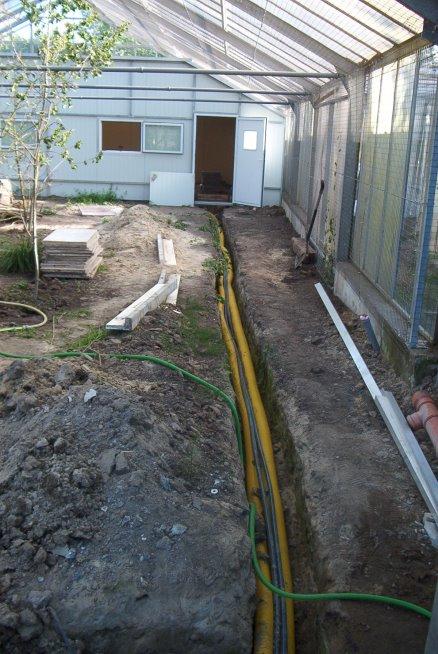die Zuleitungen zum Schutzhaus werden verlegt
