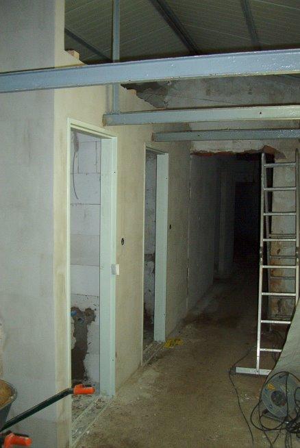 die Räume für eine Toilette und für eine Dusche entstehen