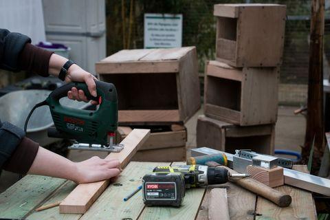 Nistkästen bauen und reparieren